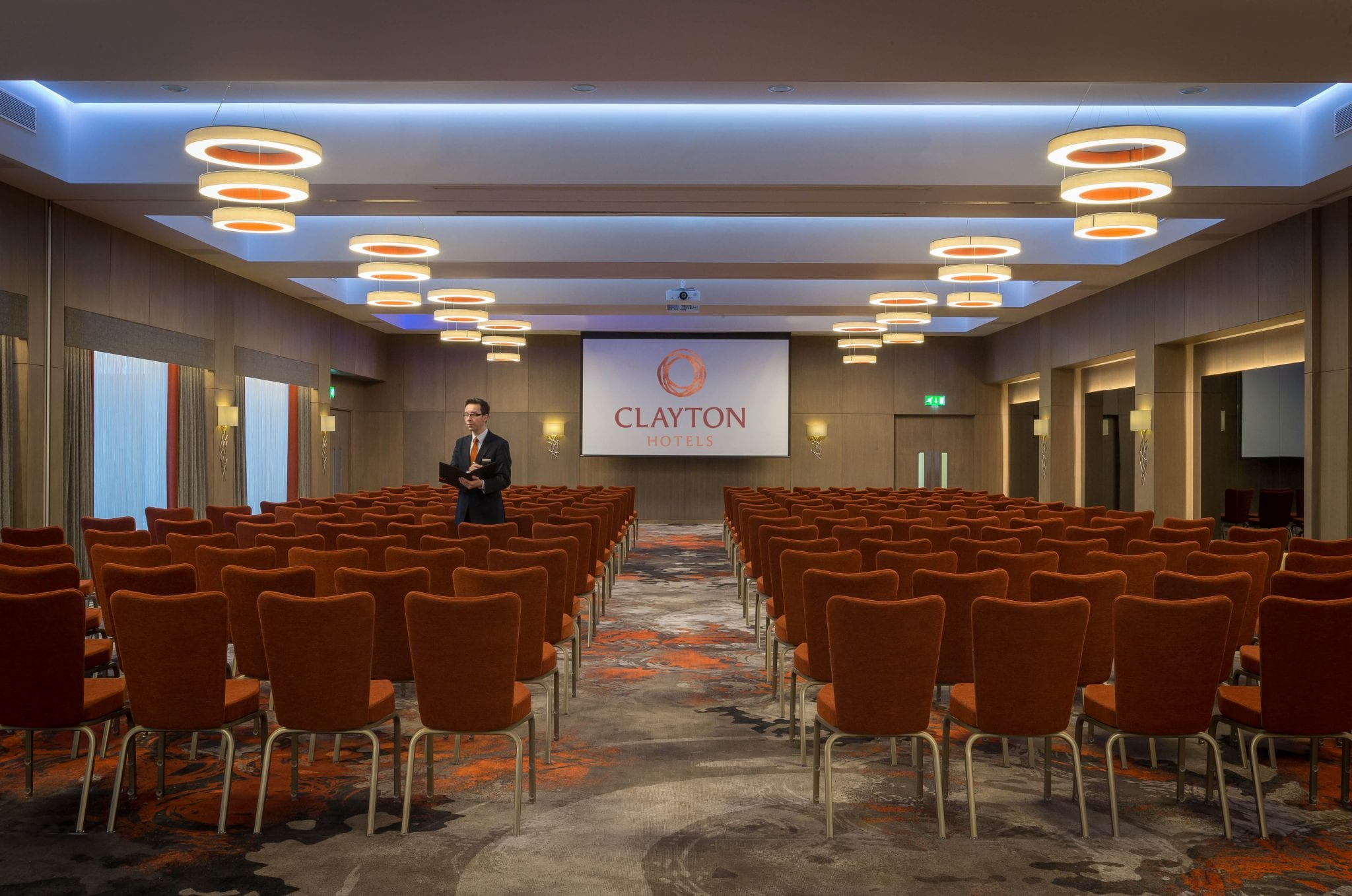 Clayton_Hotel_Chiswick_meeting_room_set_theatre_style