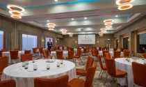 cabaret_style_meeting_in_Clayton-Hotel-Chiswick_ballroom
