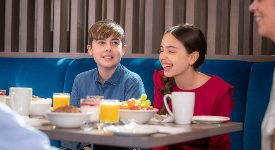 Children having dinner in Clayton Hotel
